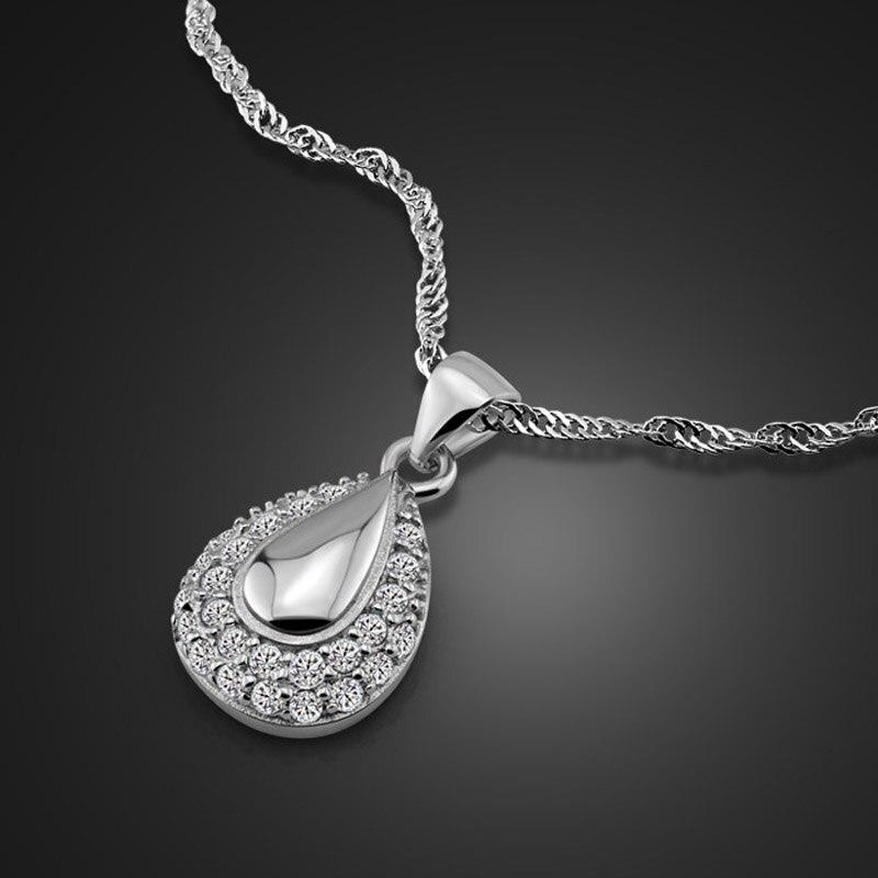 Macam-macam Perhiasan yang Terbuat dari Selain Emas
