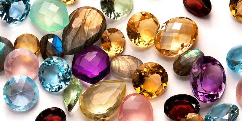 Jenis-jenis Batu Permata dan Kegunaannya