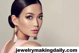 Tips Memilih Perhiasan Agar Cocok dengan Warna Kulit